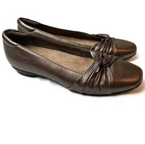 Clarks Candra Gleam Slip On Bronze Flats 7
